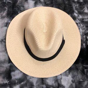 Other - Lanzom wide brim straw Panama hat